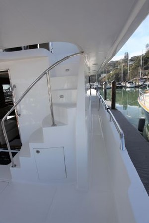 2009 CUSTOM Activa Skylounge Motor Yacht 2552764