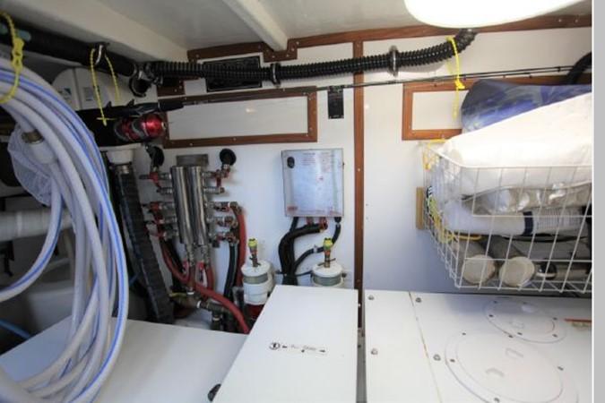 2009 CUSTOM Activa Skylounge Motor Yacht 2552790