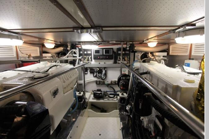 2009 CUSTOM Activa Skylounge Motor Yacht 2552794