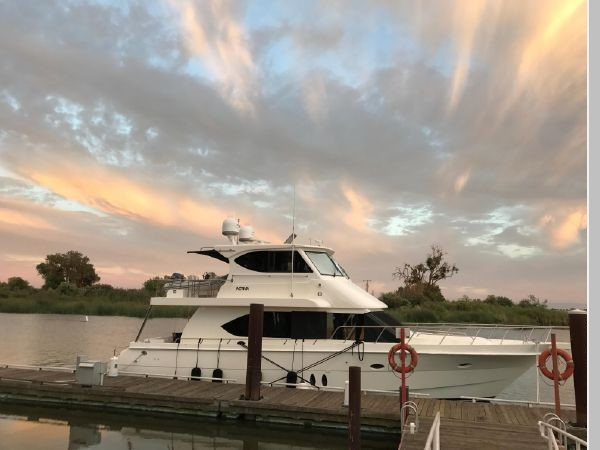 2009 CUSTOM Activa Skylounge Motor Yacht 2552804