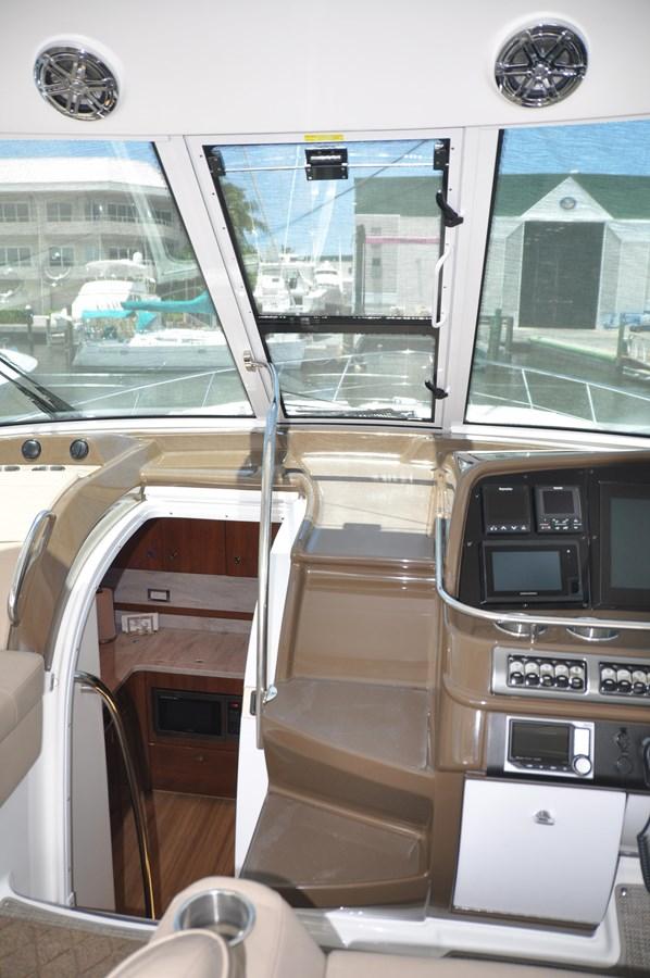 Helm 2017 FORMULA Yacht Cruiser 2554137