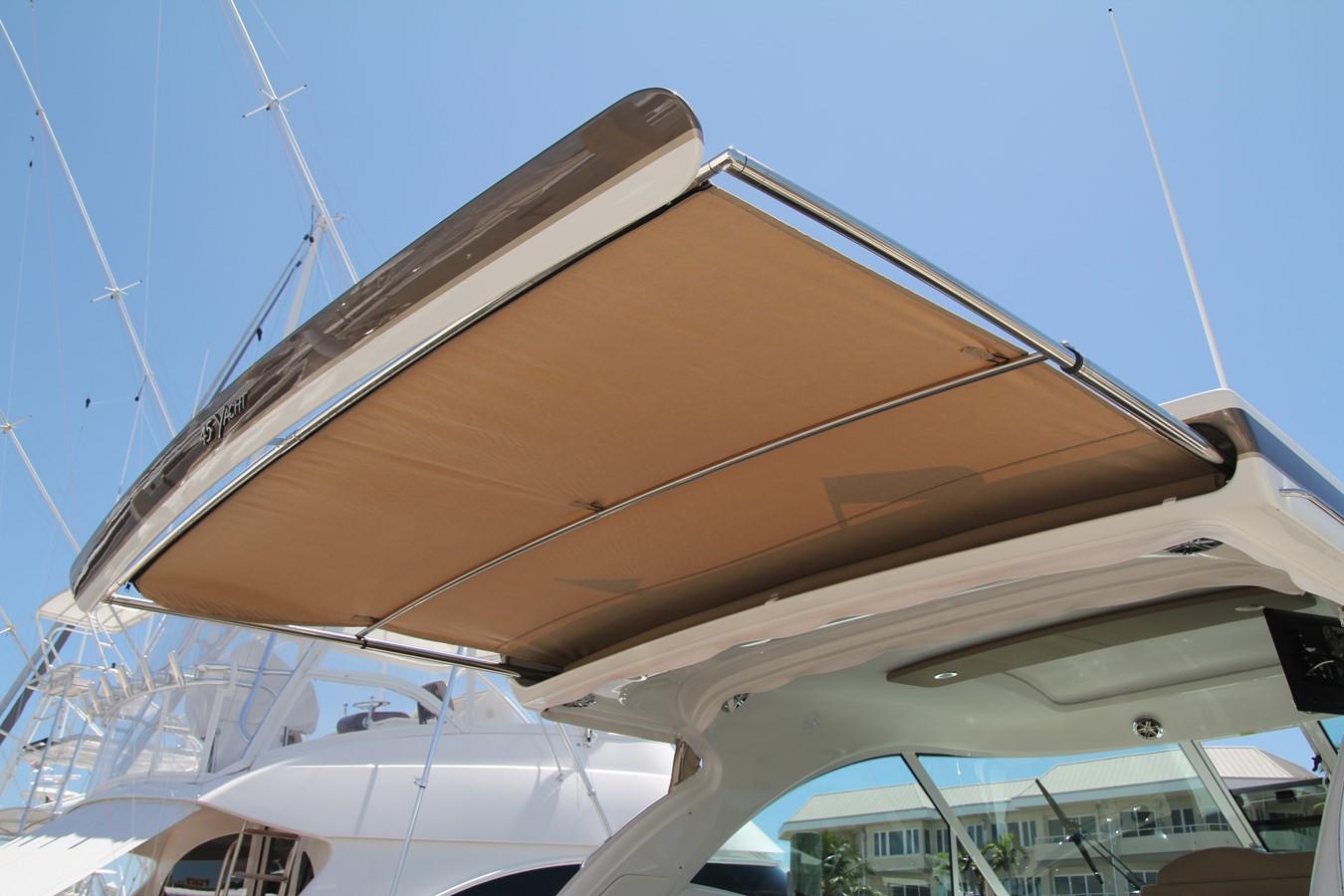Sun Shade 2017 FORMULA Yacht Cruiser 2554154