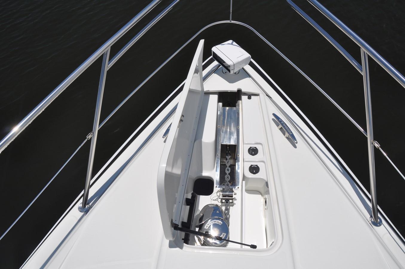 Bow 2017 FORMULA Yacht Cruiser 2554158