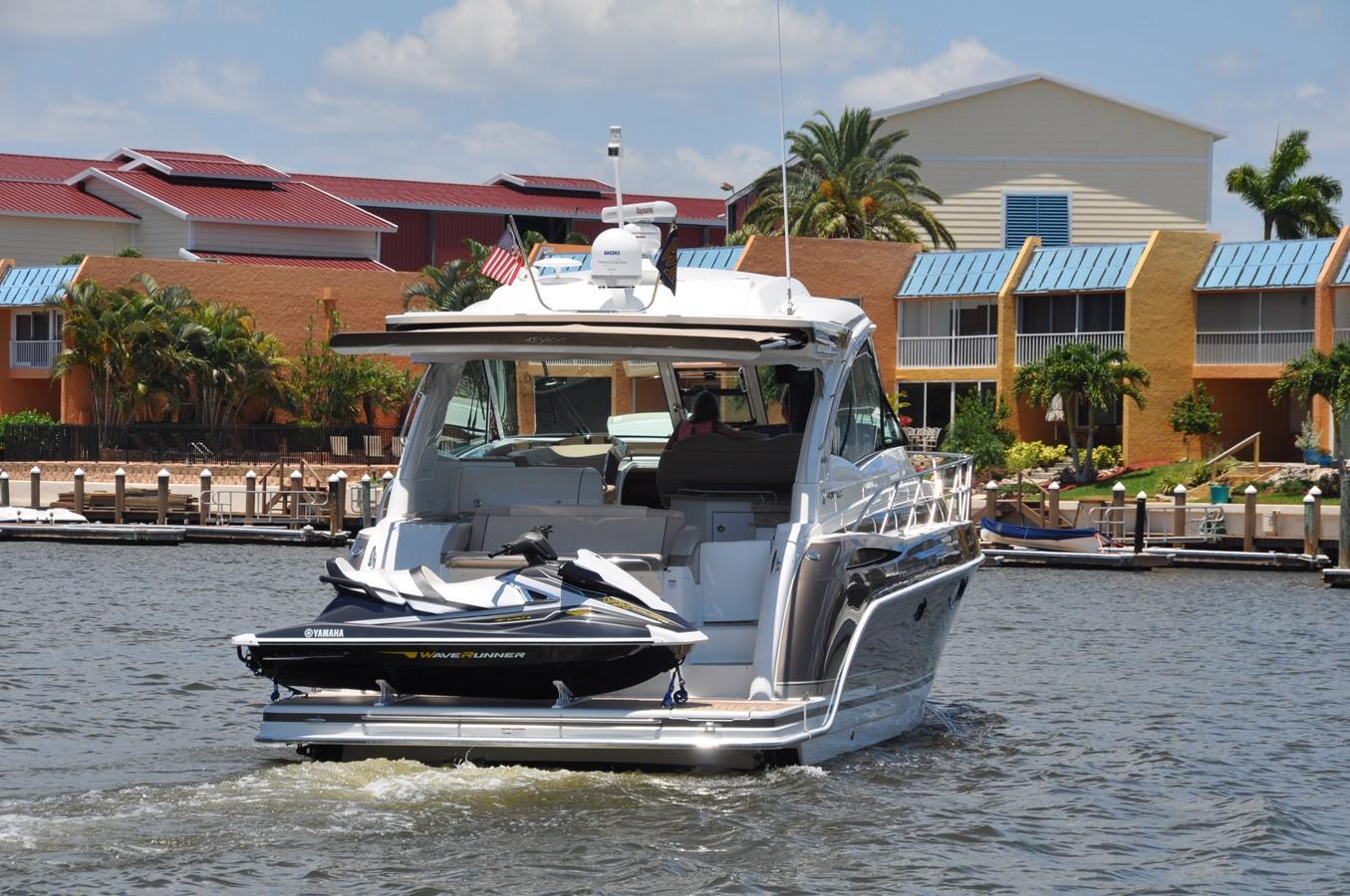 Crusin Susan Fore! 2017 FORMULA Yacht Cruiser 2554227