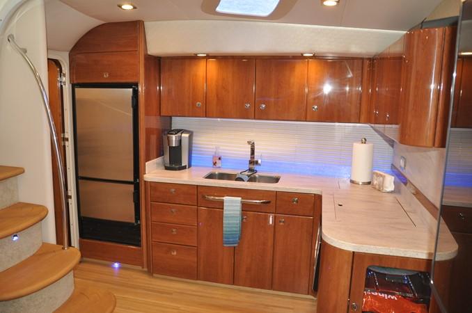 Galley 2017 FORMULA Yacht Cruiser 2554111