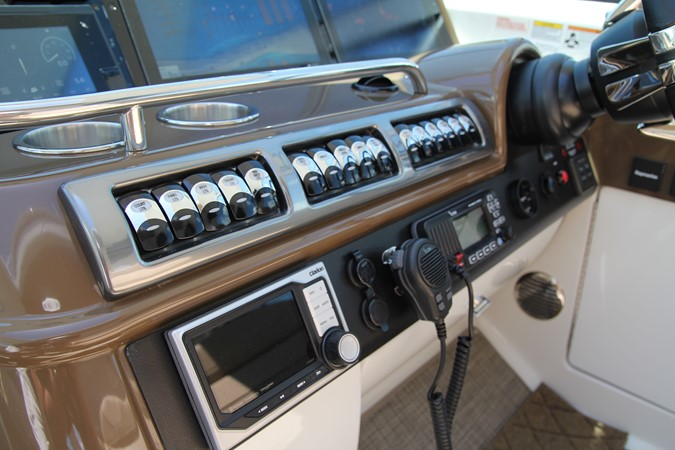Helm 2017 FORMULA Yacht Cruiser 2554144
