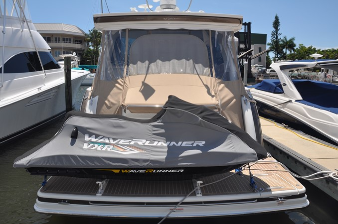 Crusin Susan Fore! 2017 FORMULA Yacht Cruiser 2554229