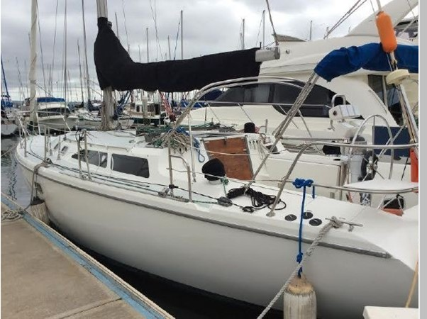1995 CATALINA 36 MKII Cruising Sailboat 2554570