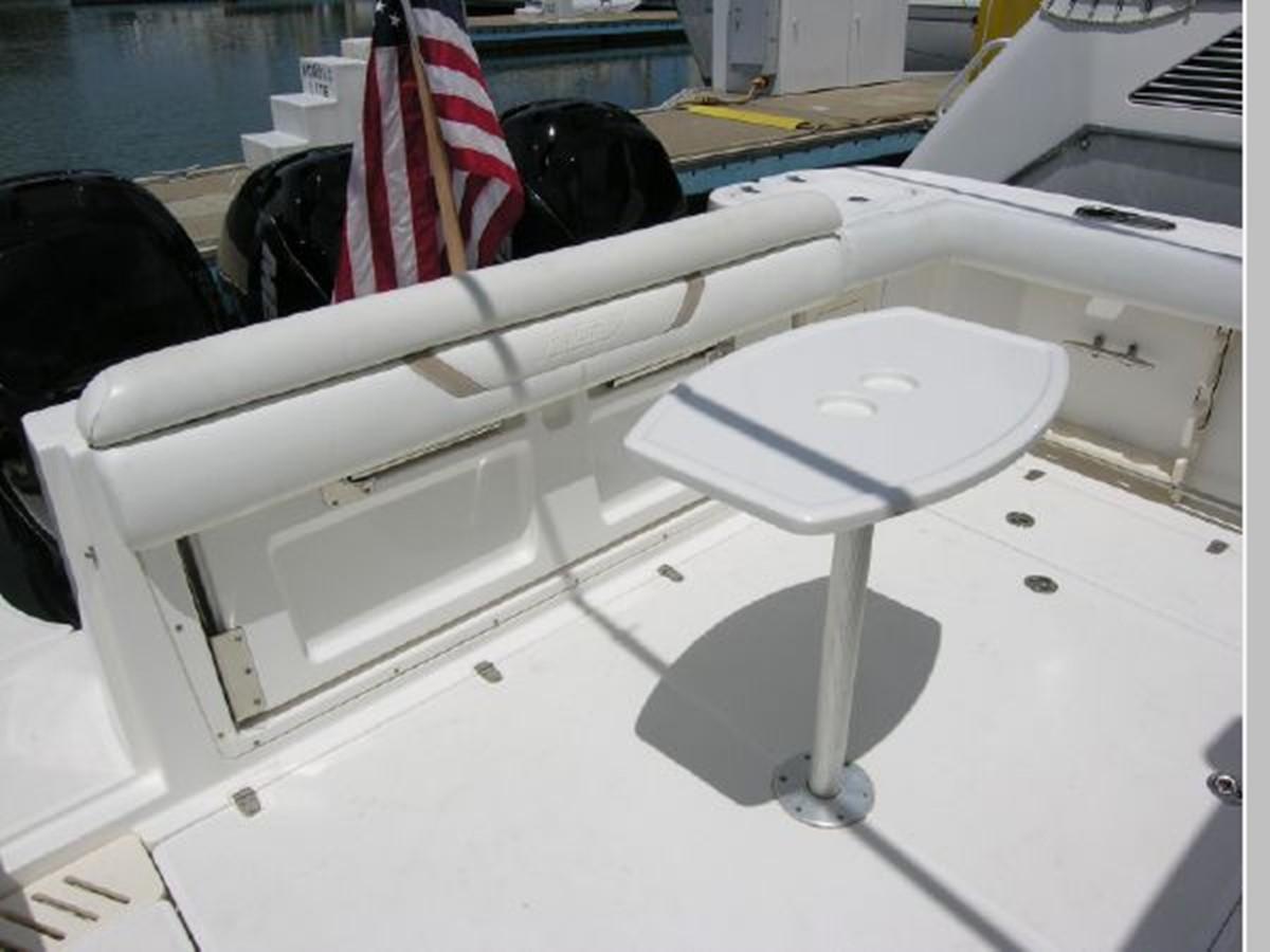 Cockpit Transom Seat Up 2008 BOSTON WHALER 345 Conquest Sport Fisherman 2555162