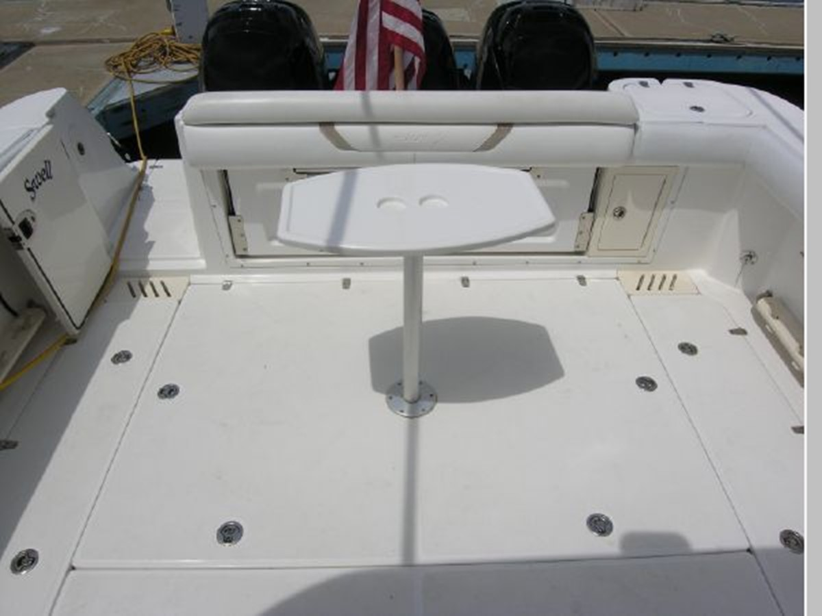 Cockipit Looking Aft 2008 BOSTON WHALER 345 Conquest Sport Fisherman 2555163