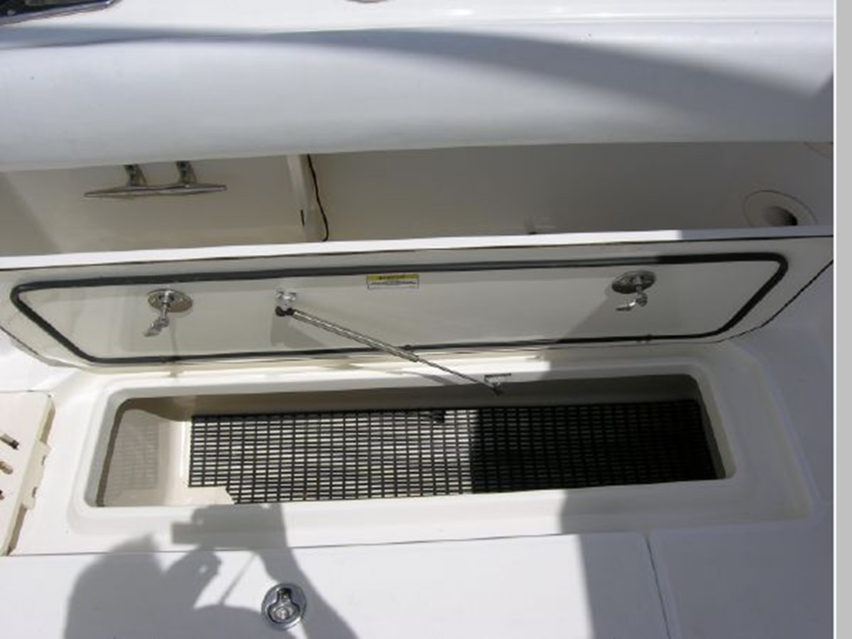 Cockpit Port Fish Well (One on Starboard Side) 2008 BOSTON WHALER 345 Conquest Sport Fisherman 2555167