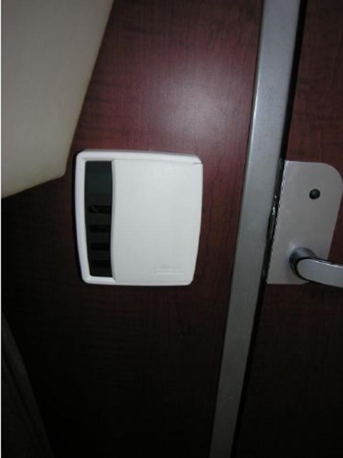 Salon/Dinette Air Conditioning/Heat Control 2008 BOSTON WHALER 345 Conquest Sport Fisherman 2555187