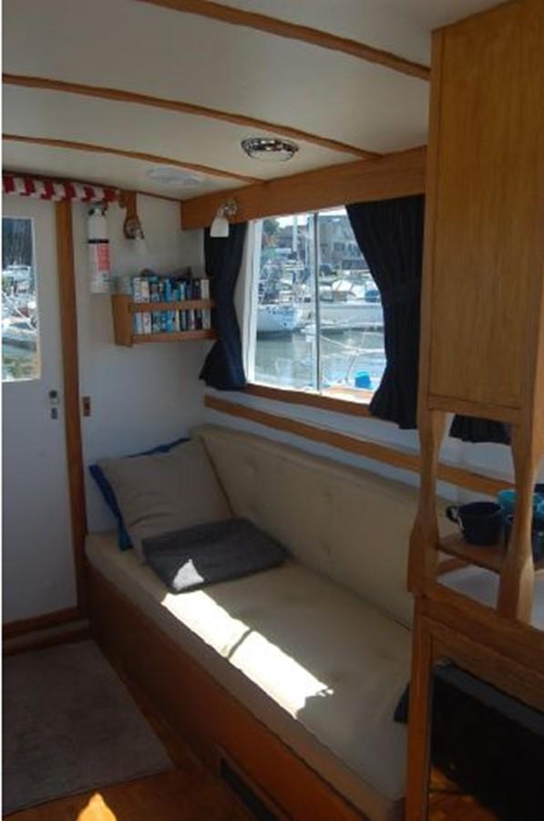 Salon port 1976 GRAND BANKS  Trawler 2555263