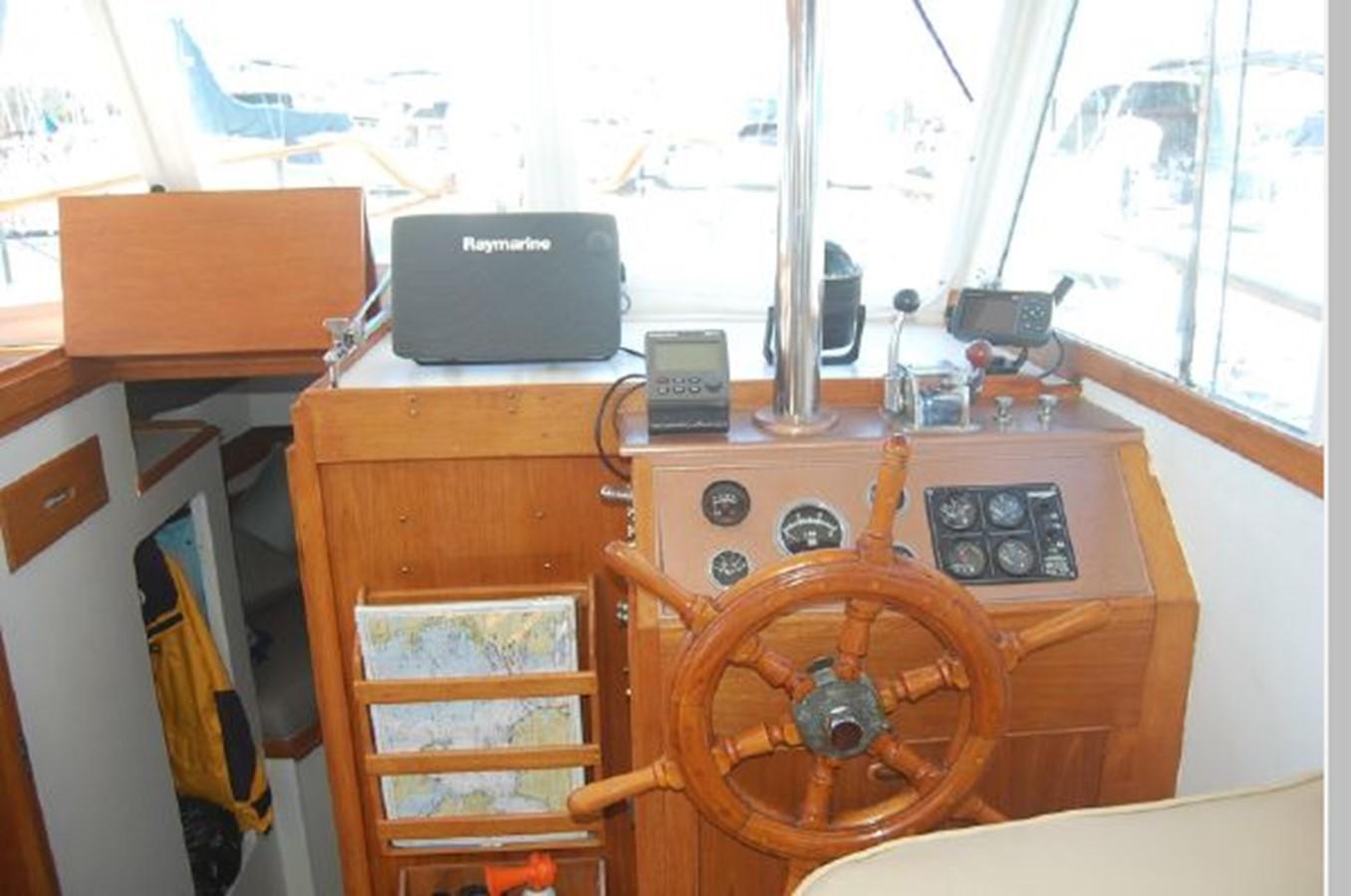 Lower Helm 1976 GRAND BANKS  Trawler 2555266
