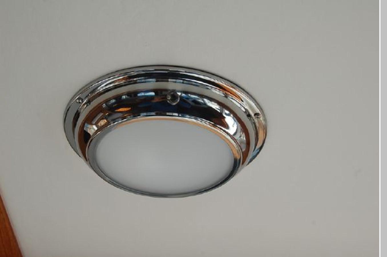 New LED lighting, headliner 1976 GRAND BANKS  Trawler 2555283