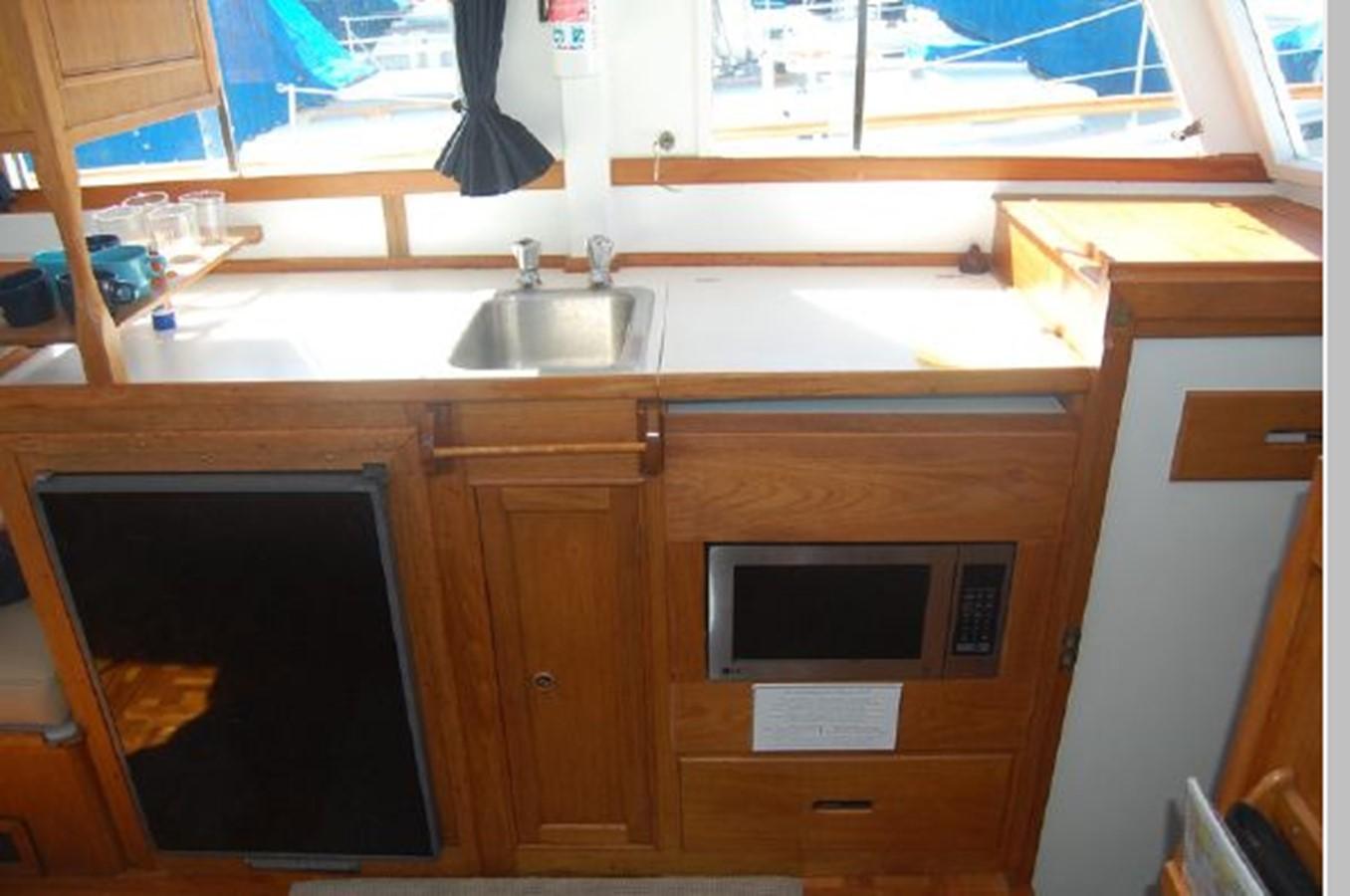 Galley 1976 GRAND BANKS  Trawler 2555290