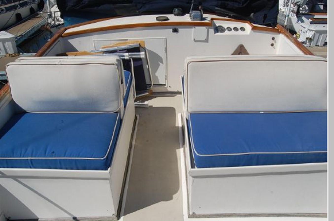 Flybridge (FB) 1976 GRAND BANKS  Trawler 2555307