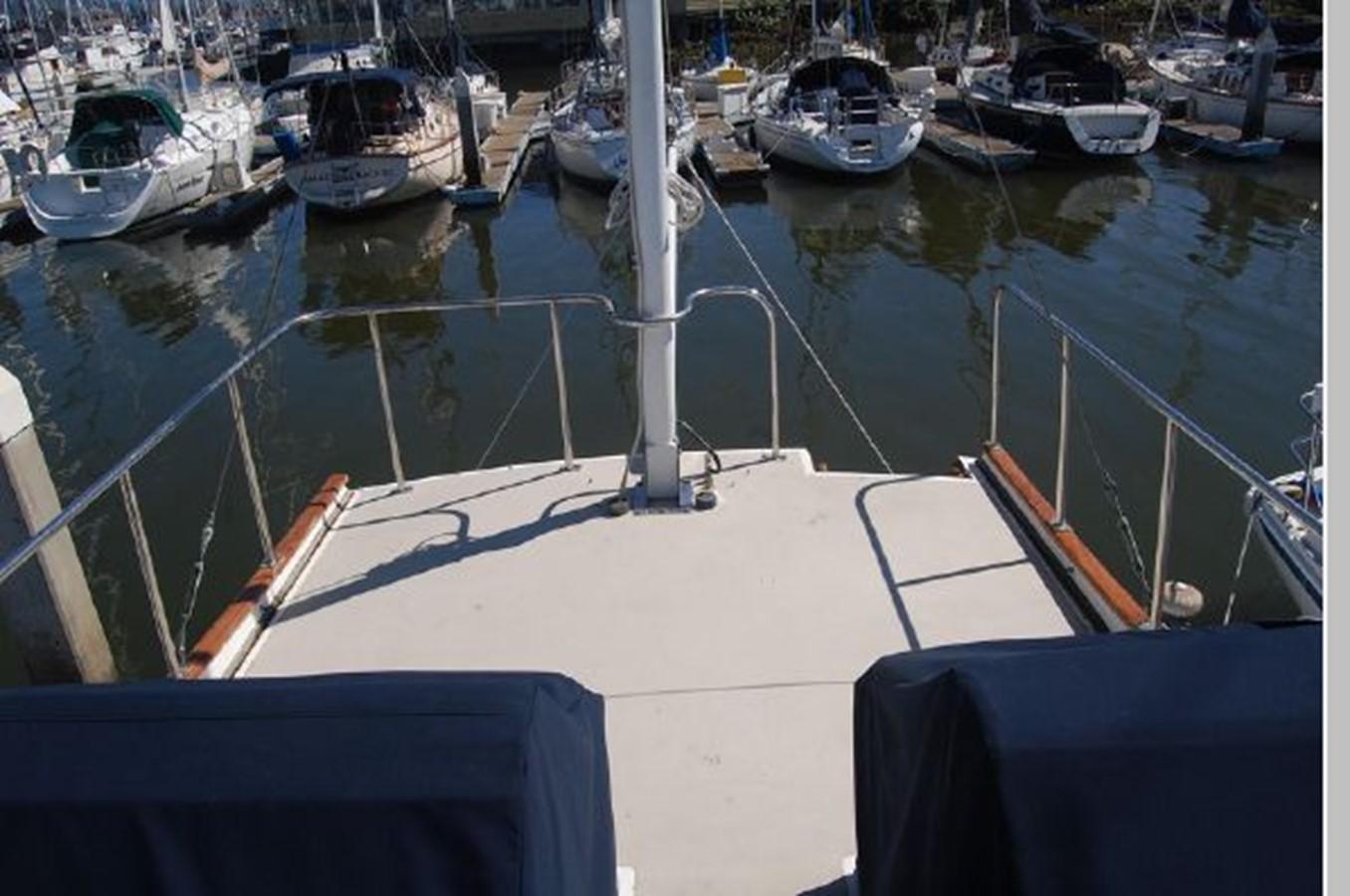 FB looking aft 1976 GRAND BANKS  Trawler 2555311