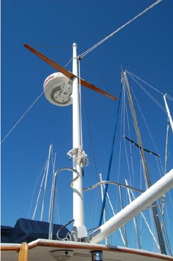 Radar Mast / Boom 1976 GRAND BANKS  Trawler 2555315