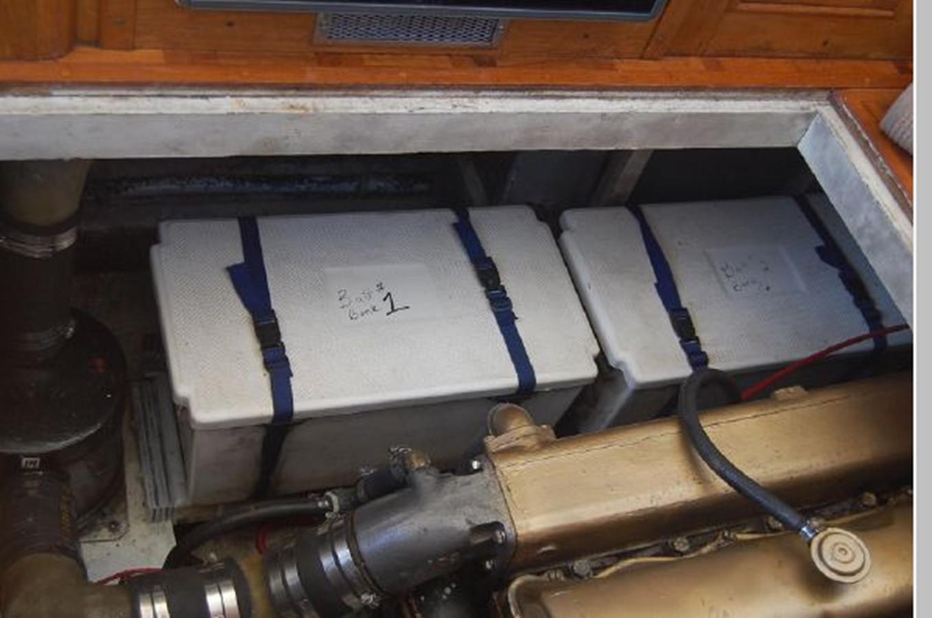 Battery Bank 1976 GRAND BANKS  Trawler 2555321