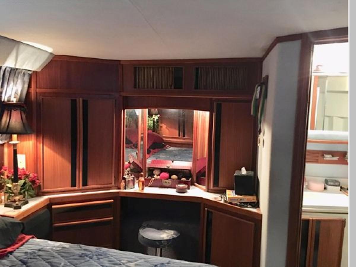 1988 SEA RAY 415 Aft Cabin Motor Yacht 2555885