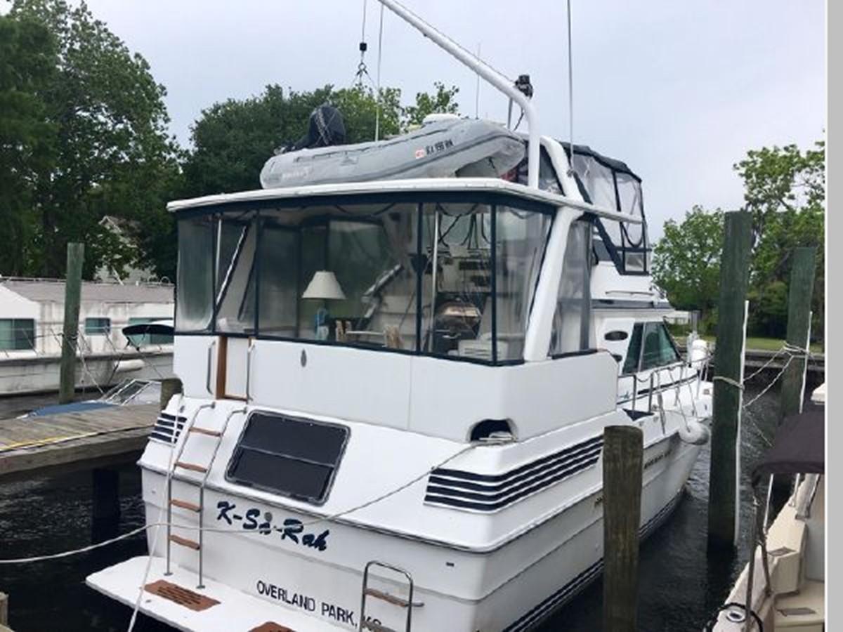 1988 SEA RAY 415 Aft Cabin Motor Yacht 2555908