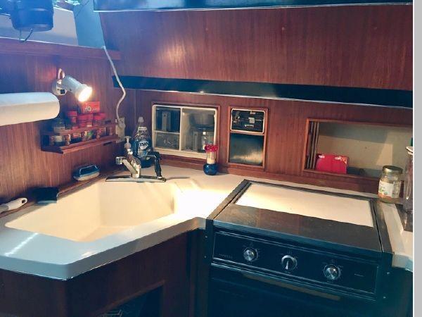 1988 SEA RAY 415 Aft Cabin Motor Yacht 2555867