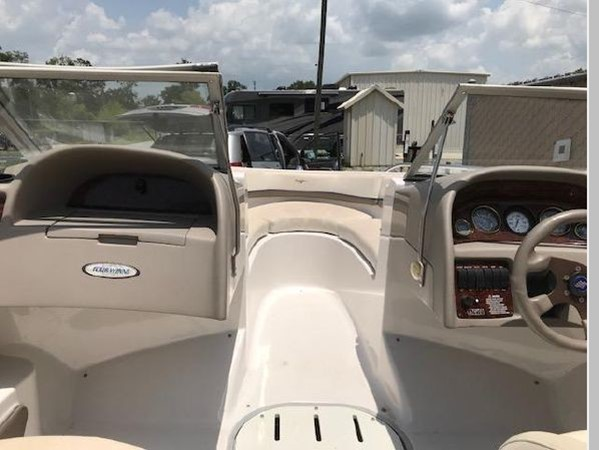 2002 FOUR WINNS 190 Horizon Runabout 2556475