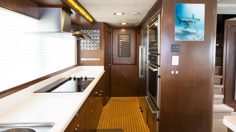 Galley 2008 MCP YACHTS Europa Motor Yacht 2651787