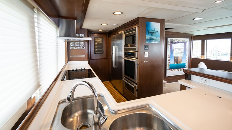 Galley 2008 MCP YACHTS Europa Motor Yacht 2651788