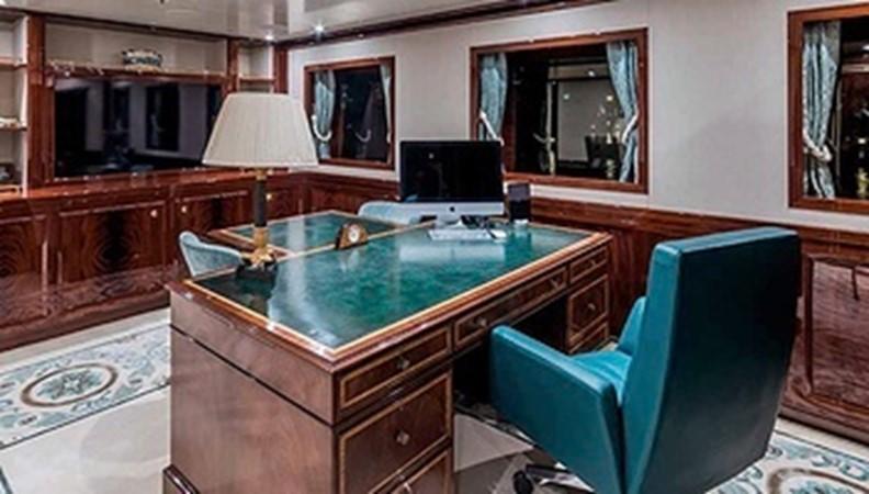 2015 AMELS  Mega Yacht 2558454
