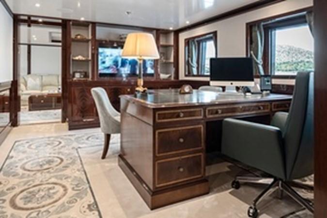 2015 AMELS  Mega Yacht 2558462