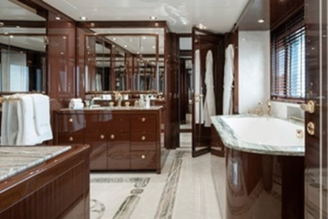 2015 AMELS  Mega Yacht 2558463