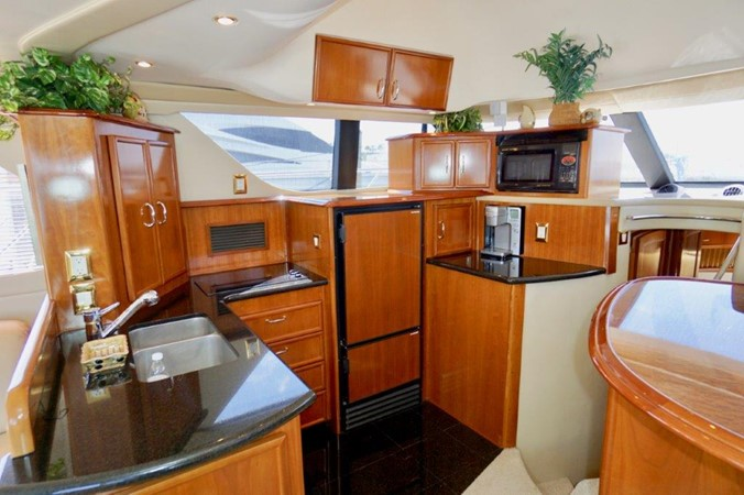 Galley 2006 Carver Voyager   Motor Yacht 2563887