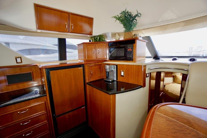 Galley 2006 Carver Voyager   Motor Yacht 2563888
