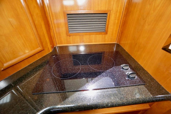 Galley 2006 Carver Voyager   Motor Yacht 2563890