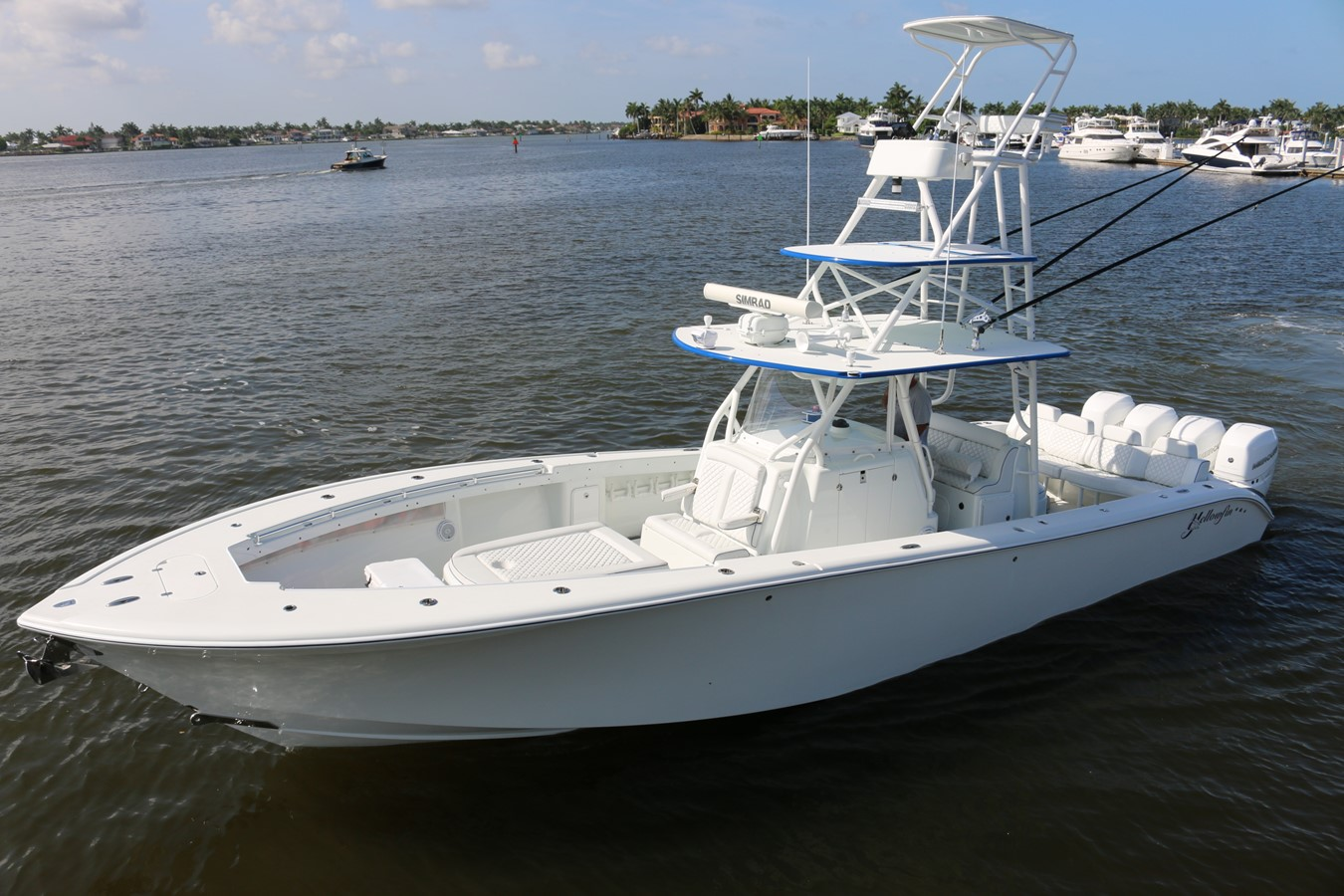 2013 YELLOWFIN 39 Center Console w/Tower Center Console 2563845