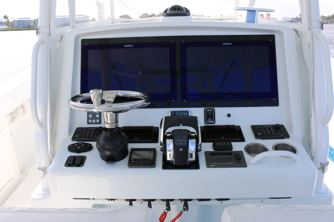 2013 YELLOWFIN 39 Center Console w/Tower Center Console 2563851