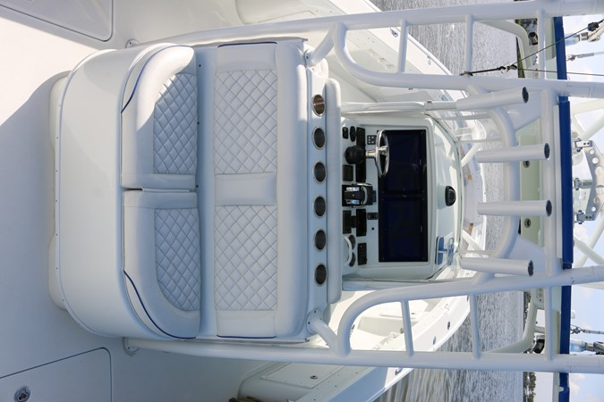 2013 YELLOWFIN 39 Center Console w/Tower Center Console 2563840