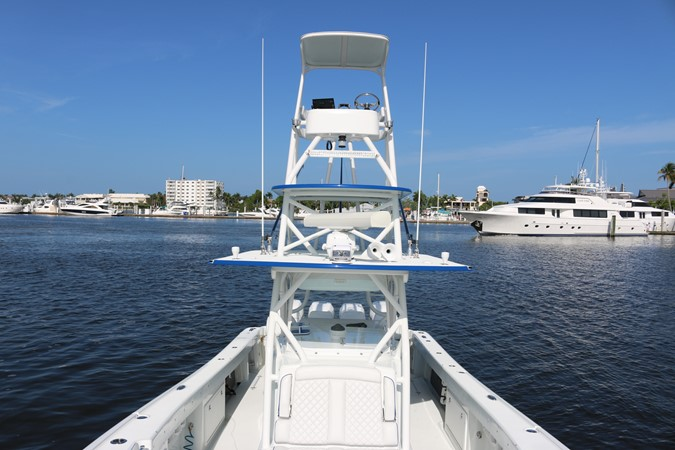 2013 YELLOWFIN 39 Center Console w/Tower Center Console 2563857