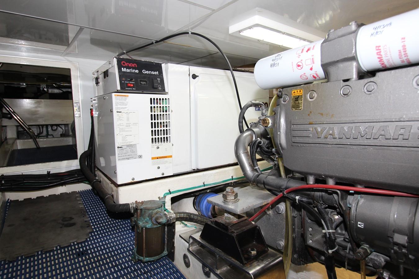 Onan 13.5 kW Generator 2006 OCEAN ALEXANDER Classicco Sedan Trawler 2561725