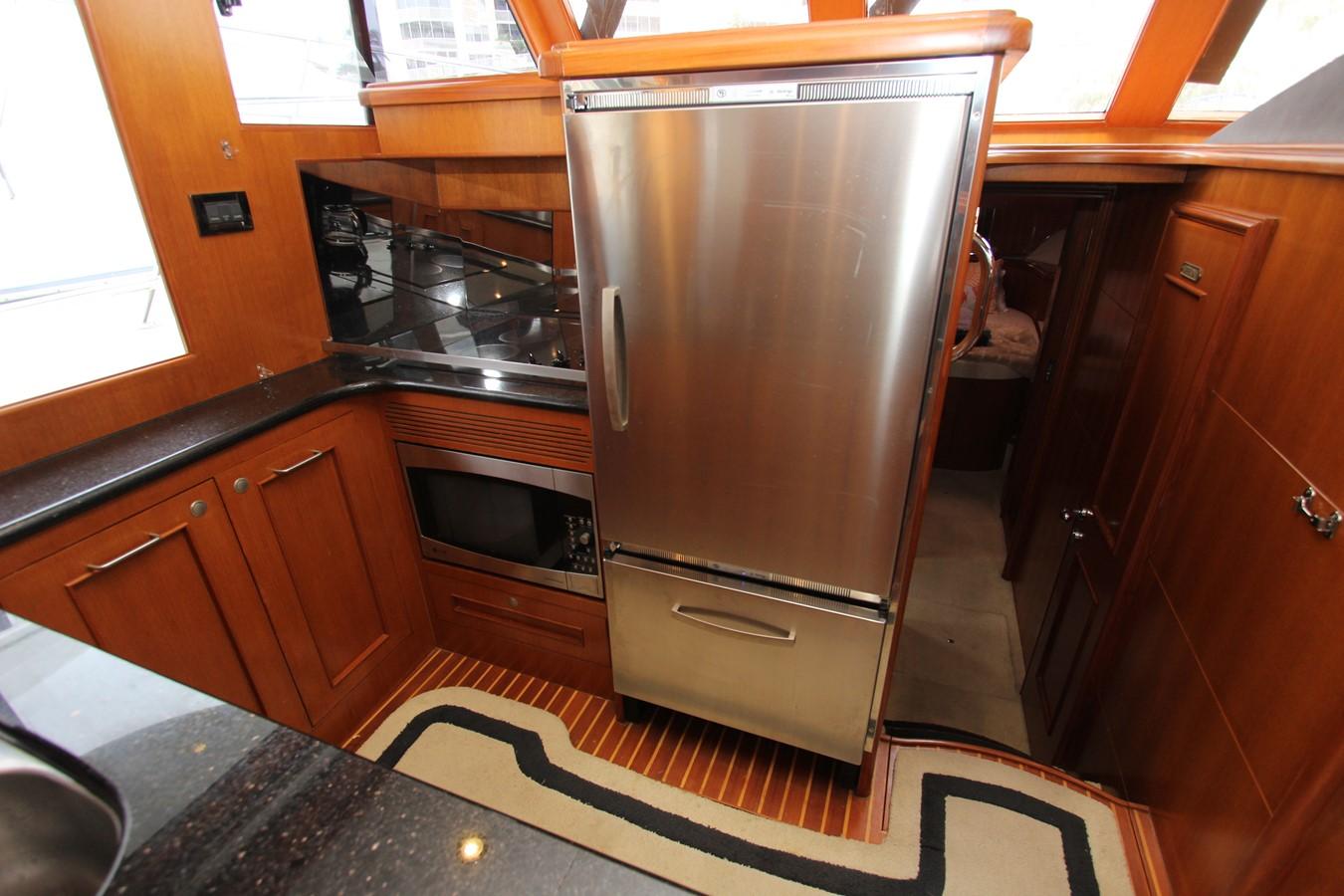 Galley Forward 2006 OCEAN ALEXANDER Classicco Sedan Trawler 2561735