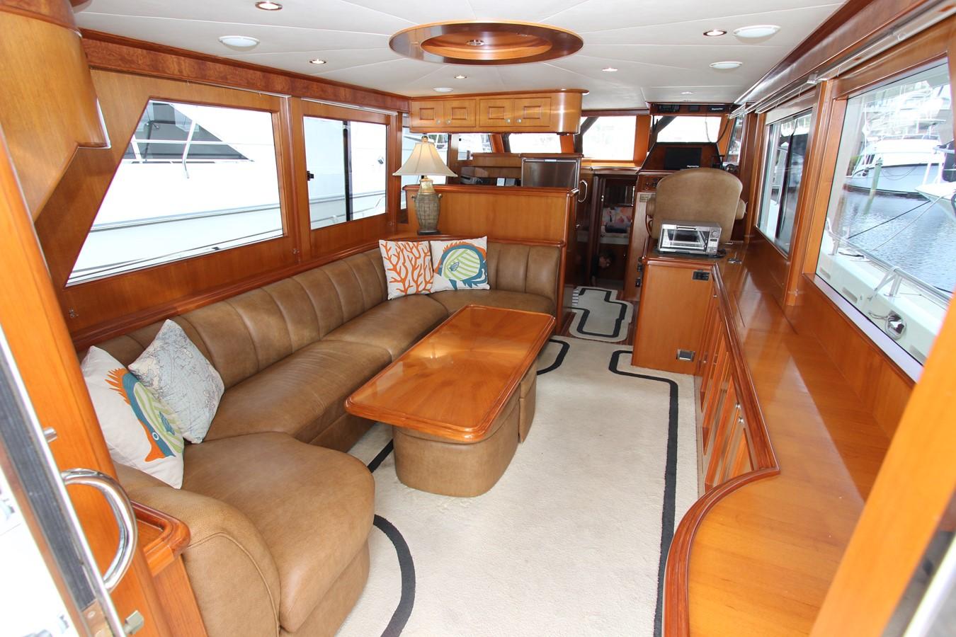 Salon Forward 2006 OCEAN ALEXANDER Classicco Sedan Trawler 2561746