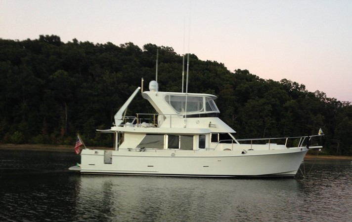 Lazy Suzan 2006 OCEAN ALEXANDER Classicco Sedan Trawler 2561723