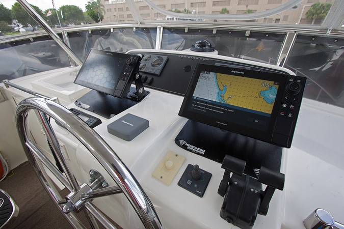 FB Helm Nav. Electronics 2006 OCEAN ALEXANDER Classicco Sedan Trawler 2587545