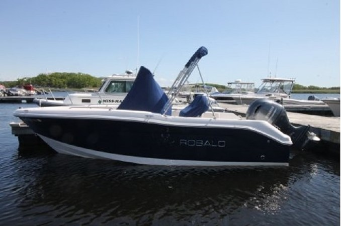 yachtIMG_1623.JPG.pagespeed.ic.10jyLk8fL-enlarged 2018 ROBALO R180 Center Console 2559197