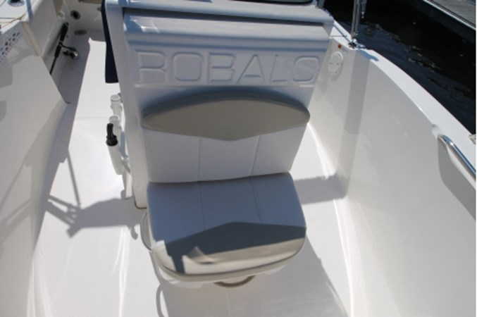 yachtIMG_1635 2018 ROBALO R180 Center Console 2559212