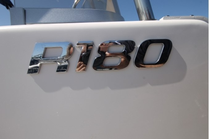 yachtIMG_1636 2018 ROBALO R180 Center Console 2559237