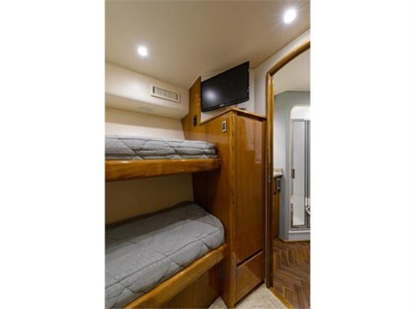 Forward Starboard Guest Stateroom 2014 VIKING 66 Convertible Sport Fisherman 2562150