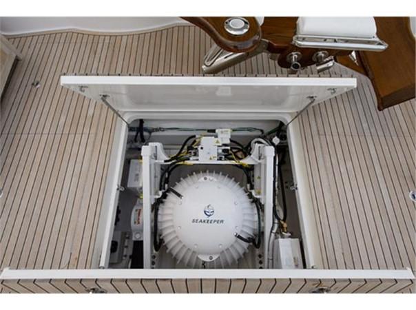 Cockpit SeaKeeper 2014 VIKING 66 Convertible Sport Fisherman 2562161